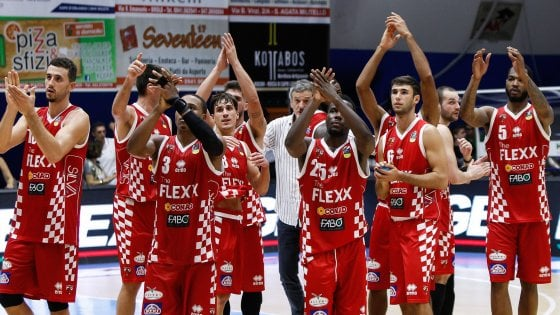 Basket, Pistoia parte bene: colpo a Capo d'Orlando