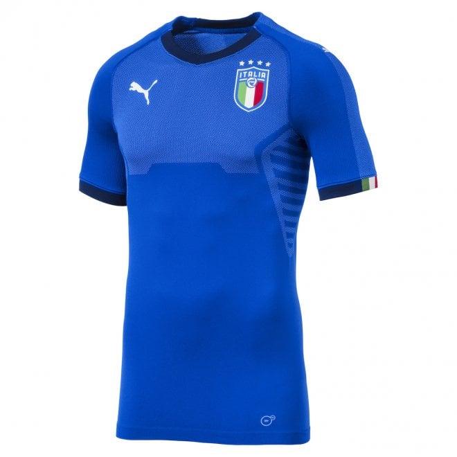 La Puma veste Buffon d'azzurro, ecco la nuova maglia dell'Italia