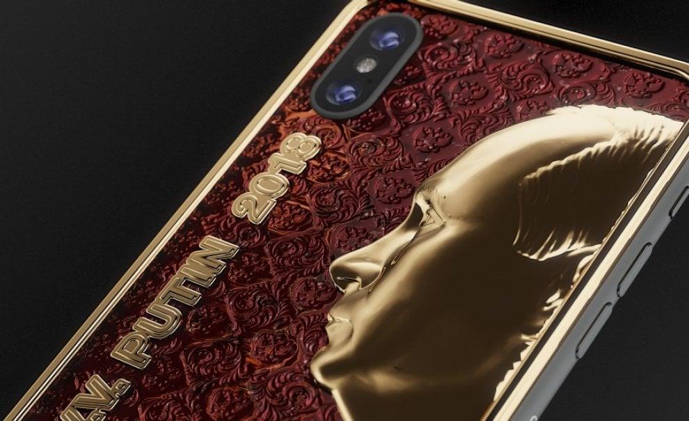 Smartphone deluxe e caviale: sull'iPhone russo c'è Putin d'oro