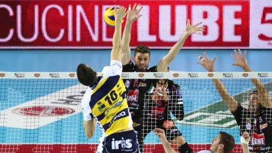 Volley, Supercoppa: Civitanova in finale, sfida a Perugia