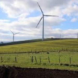 Fonti rinnovabili al palo. Solare ed eolico devono triplicare