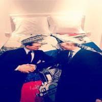 Compleanno Putin, tra i doni di Berlusconi un piumino con la loro foto