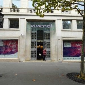 Trattative Mediaset-Vivendi per ricomporre la frattura, il Biscione vola in Borsa