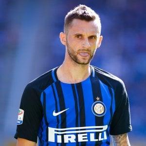 Inter, lesione muscolare: niente derby per Brozovic