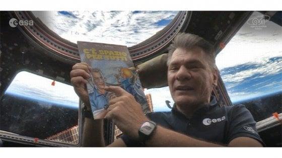 Nespoli porta per primo un fumetto in orbita