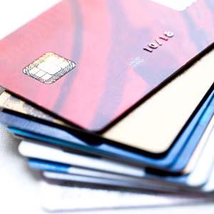 Carte di credito ecco perch siamo ancora esposti agli for Requisiti carta di soggiorno 2017