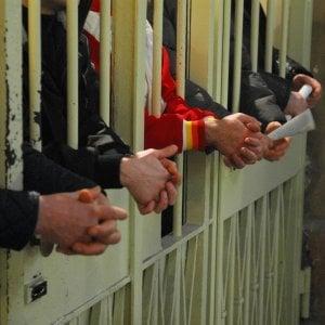 L'odissea di centinaia di immigrati: torturati nei paesi d'origine, detenuti ingiustamente in Gran Bretagna