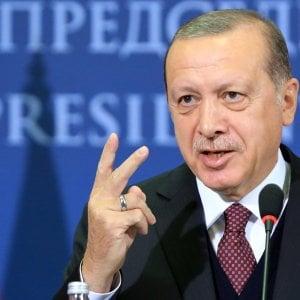 """Turchia, Erdogan: """"Non consideriamo l'ambasciatore americano come rappresentante degli Usa"""""""