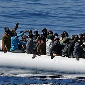 Migranti, l'84% delle  persone racconta di abusi e torture in Libia e di rotte sempre più pericolose