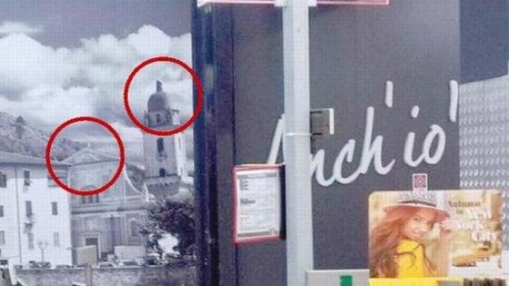 """Croci tolte dalle foto per """"rispettare ogni sensibilità"""". Polemica su Lidl a Camporosso"""