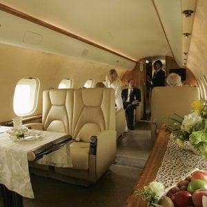 Brexit e terrorismo piegano il mercato dei business jet in for Grandi jet d affari in cabina