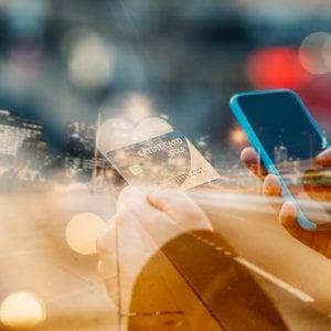 Una legge per portare le tariffe telefoniche da 28 giorni a un mese