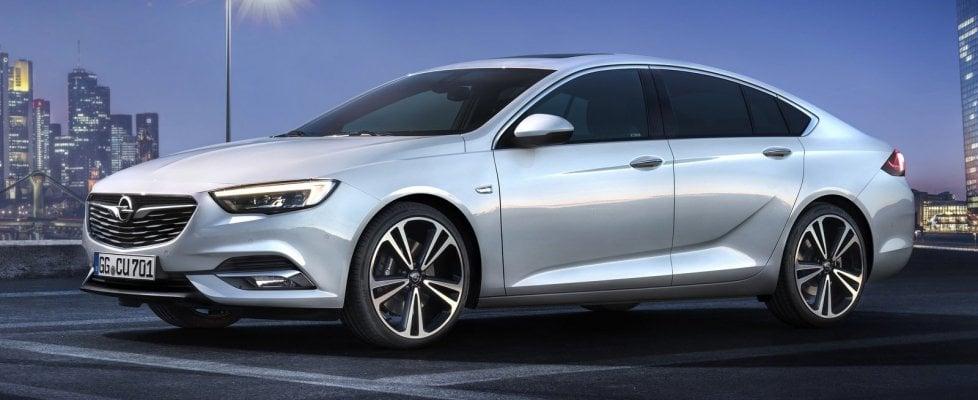 Opel Insignia Grand Sport, fedele al suo nome