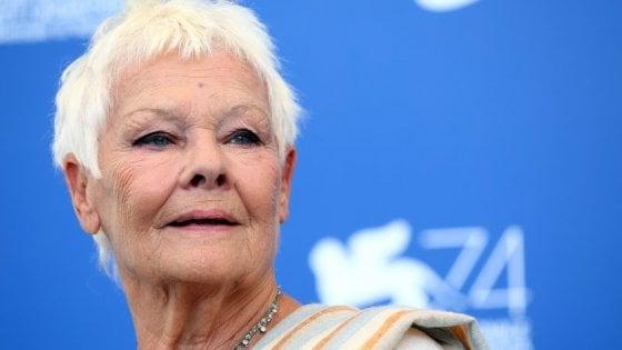 Judi Dench: Vedo anche con gli occhi chiusi