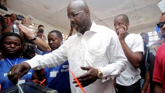 """Liberia: per i social George Weah, """"pallone d'oro 1995"""",  ha vinto le elezioni presidenziali"""