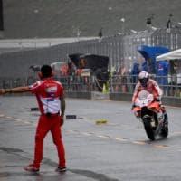 MotoGp, Giappone: prime libere, Dovizioso davanti a tutti sotto la pioggia. Rossi in ritardo