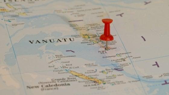 Vuoi la cittadinanza in un eden? A Vanuatu il passaporto si acquista. Anche in bitcoin