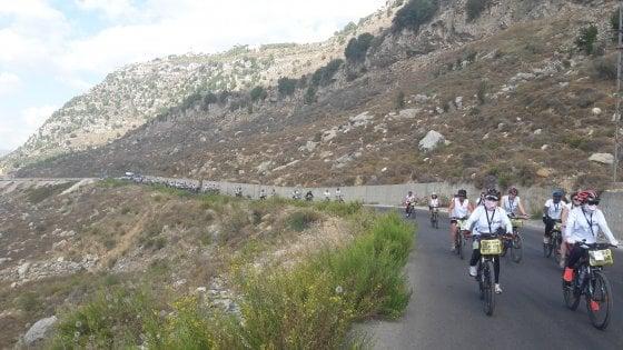 """Libano, ultima tappa per le donne in bicicletta di """"Follow the women"""""""