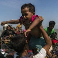 """Bangladesh, il paese si prepara all'arrivo dei Rohingya: """"Bisogna proteggere i bambini dal colera"""""""