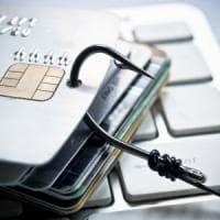 Phishing, basta un link. E il 60% dei dipendenti ci casca