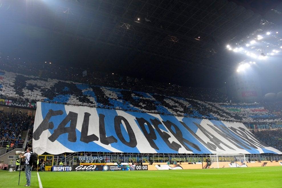 Inter-Milan: il derby si gioca anche sugli spalti