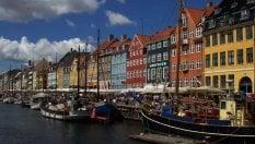 """L'invito danese: """"Niente permesso di soggiorno nel Regno Unito? Venite da noi"""""""
