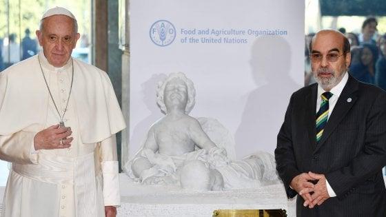 Il Papa interviene alla Fao: fame, disarmo e migranti tra i temi