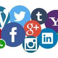 Su tutti i social con un'identità gestita dall'utente. Le nuove linee guida