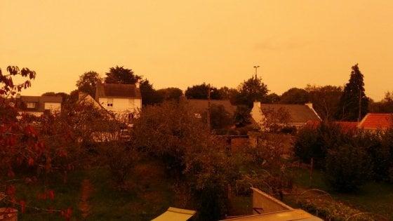 Show in Bretagna e Inghilterra: cielo giallo e odore di bruciato