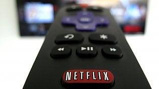 Netflix, i trucchi per usarlo al top:codici segreti e visioni di coppia