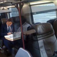 """Pd, parte """"Destinazione Italia"""": Matteo Renzi inizia il suo tour in treno"""