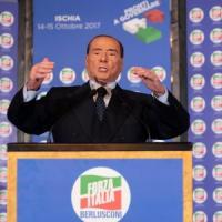Forza Italia, Berlusconi l'incandidabile nel logo: