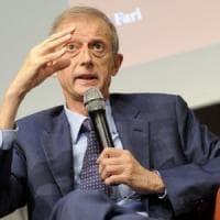 """Piero Fassino: """"Basta fuoco amico sul Pd, modello Macron per le liste, metà nuovi metà..."""
