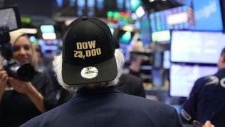 Il record del Dow Jones: sfondaper la prima volta i 23.000 punti