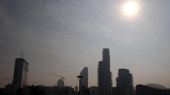 Allarme smog, misure d'emergenza in Piemonte, Lombardia, Emilia Romagna e Veneto