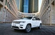 Grand Cherokee, più facile salire sulla maxi Jeep