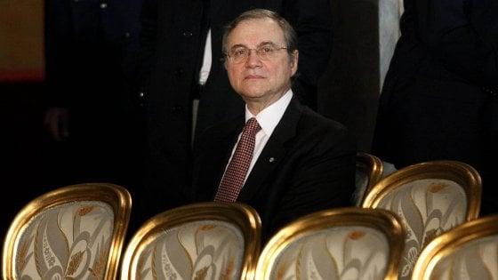 Caso Visco, le accuse sulle crisi bancarie e il meccanismo di nomina del governatore