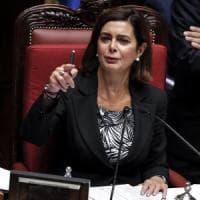 """Fake news, Boldrini lancia progetto per le scuole: """"Studenti diventeranno cacciatori di..."""