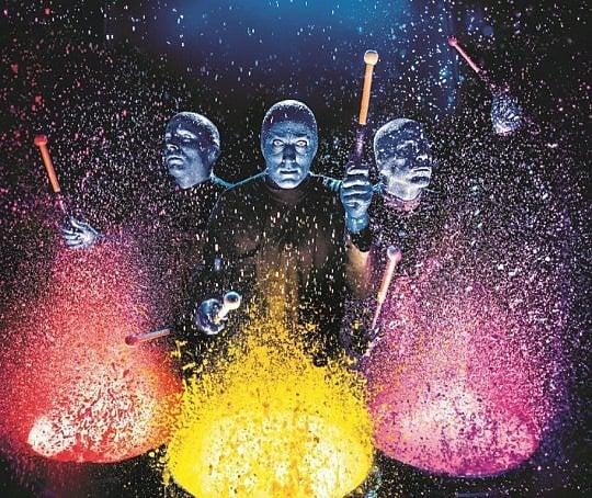 Sound, silenzio e un organo in pvc: arriva in Italia la performing art dei Blue Man Group