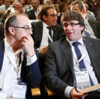 Puigdemont: parlamento catalano voterà indipendenza se Madrid sospende