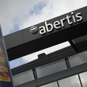 Abertis: positiva l'offerta di Atlantia, ma vuole di più. La Caixa aderisce