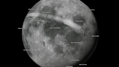 A spasso sulla Luna e altri pianeti   ·foto   Google Maps guida nei misteri dell'universo