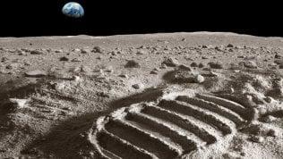 A spasso sulla Luna e altri pianeti:il tour con Google Maps ·foto