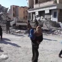 """Mohammed Abdullah: """"Tre anni in incognito a Raqqa, l'Isis ci usava come scudi umani"""""""