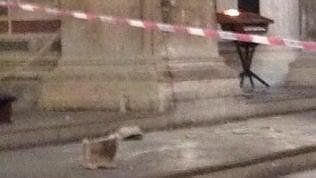 Cade un frammento di capitello nella Basilica di Santa Croce: muore turista spagnolo