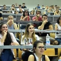 Università, in Italia tasse altissime e solo 9 borse di studio ogni cento