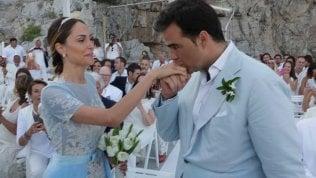 Noemi Letizia e Vittorio: separazione ufficiale. All'ex sposa andranno 6mila euro al mese