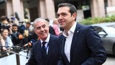 """Tsipras e il """"dividendo sociale"""". Un miliardo a Natale ai più poveri"""