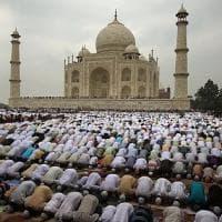 """Taj Mahal. L'India lo toglie dalle brochure turistiche: """"Estraneo alla nostra cultura"""""""