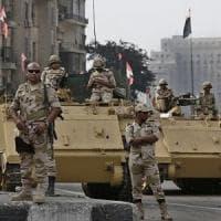 Egitto, sparatoria in un'operazione antiterrorismo: almeno 35 poliziotti